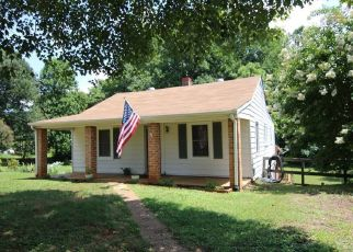 Sheriff Sale in Madison Heights 24572 THOMAS RD - Property ID: 70197330500