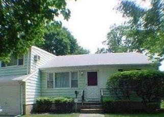 Sheriff Sale in Westbury 11590 ANNA AVE - Property ID: 70197401442