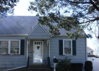 Sheriff Sale in South Plainfield 07080 BELL PL - Property ID: 70197782933