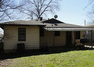 Sheriff Sale in Grand Prairie 75050 COLLEGE ST - Property ID: 70198934801