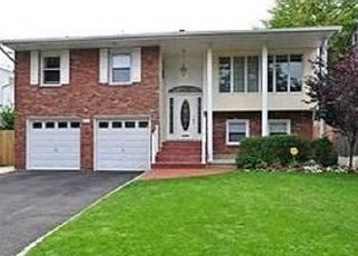 Sheriff Sale in Woodmere 11598 COMBS AVE - Property ID: 70199572934
