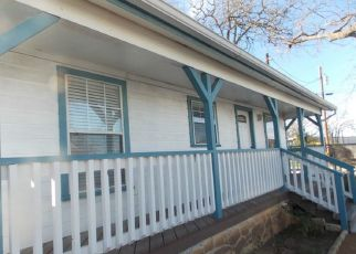 Sheriff Sale in Boerne 78006 PARKWAY - Property ID: 70199904918