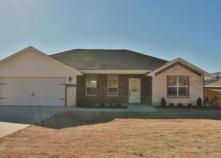 Sheriff Sale in Lindale 75771 MISSION CREST CIR - Property ID: 70200848745