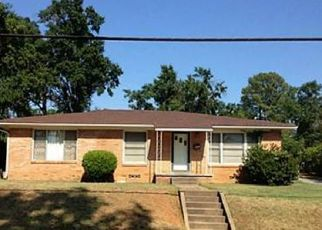 Sheriff Sale in Tyler 75702 N FOREST AVE - Property ID: 70200853558