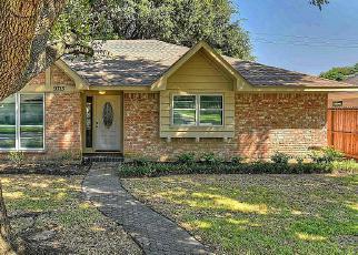 Sheriff Sale in Houston 77096 BRAEWICK DR - Property ID: 70202697426