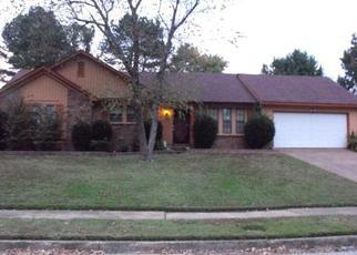 Sheriff Sale in Memphis 38125 OAK CHASE LN - Property ID: 70203178768
