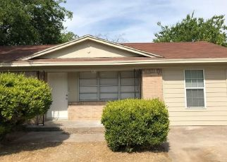Sheriff Sale in Dallas 75232 WOODSHIRE DR - Property ID: 70204048580