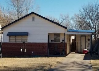 Sheriff Sale in Plainview 79072 OAKLAND ST - Property ID: 70204049902