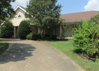 Sheriff Sale in Chattanooga 37404 N CREST CT - Property ID: 70205906463