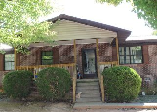 Sheriff Sale in Sweetwater 37874 OAKHILL DR - Property ID: 70205939308