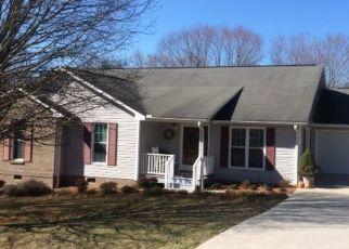Sheriff Sale in North Wilkesboro 28659 FLEETWOOD LN - Property ID: 70206543719