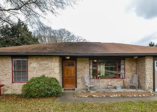 Sheriff Sale in Brenham 77833 DEER RD - Property ID: 70207286968