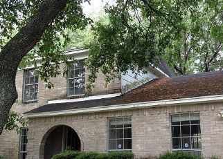 Sheriff Sale in Houston 77072 HARPERS GLEN LN - Property ID: 70207299212