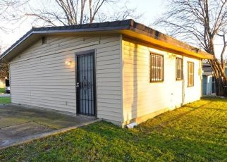 Sheriff Sale in Fort Worth 76105 LANGSTON ST - Property ID: 70207329890