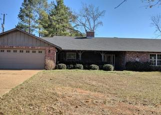 Sheriff Sale in White Oak 75693 LEIGH LN - Property ID: 70207805522