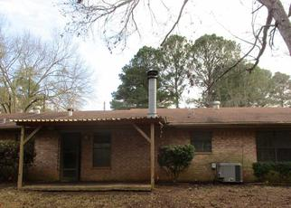Sheriff Sale in Longview 75604 AMERICA DR - Property ID: 70207809459