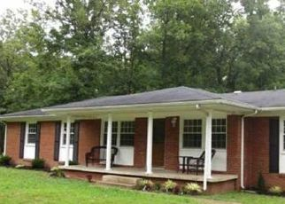 Sheriff Sale in New Johnsonville 37134 WOODLAND DR - Property ID: 70208548767