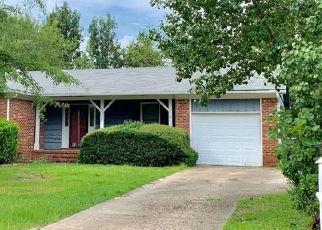 Sheriff Sale in Fayetteville 28304 COBBLESTONE PL - Property ID: 70209008637