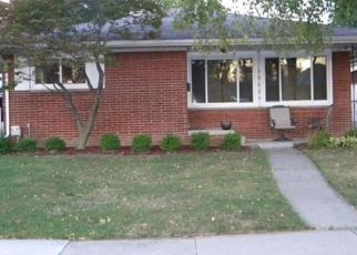 Sheriff Sale in Saint Clair Shores 48080 CULVER ST - Property ID: 70209155802