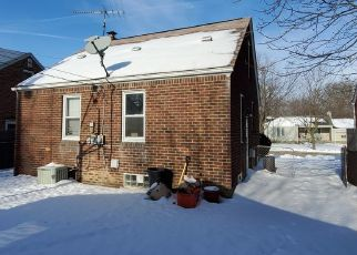 Sheriff Sale in Harper Woods 48225 ROSCOMMON ST - Property ID: 70211320702