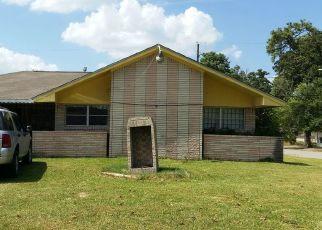 Sheriff Sale in Houston 77078 WOODLYN RD - Property ID: 70211941301