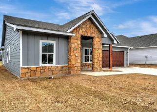 Sheriff Sale in Whitewright 75491 CLAY ST - Property ID: 70212189193