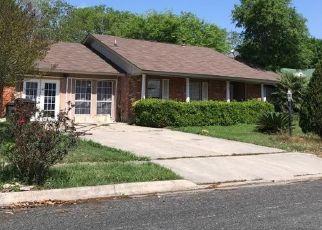 Sheriff Sale in San Antonio 78244 OAK LAKE DR - Property ID: 70212264537