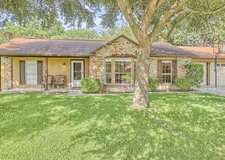 Sheriff Sale in San Antonio 78247 CROSS COUNTRY ST - Property ID: 70212315329