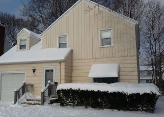 Sheriff Sale in Rochester 14617 BURWELL RD - Property ID: 70212823830