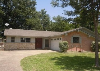 Sheriff Sale in Richardson 75080 PINEHURST DR - Property ID: 70213227188