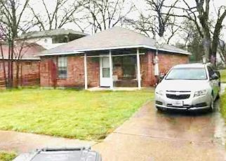 Sheriff Sale in Dallas 75208 W SUFFOLK AVE - Property ID: 70213281503