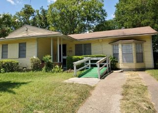 Sheriff Sale in Dallas 75216 UTAH AVE - Property ID: 70213364725