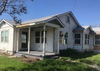 Sheriff Sale in San Antonio 78228 TEXAS AVE - Property ID: 70213416398