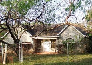 Sheriff Sale in San Antonio 78223 SHETLAND DR - Property ID: 70213448373