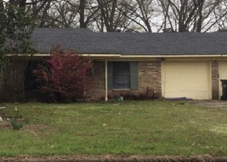 Sheriff Sale in Longview 75605 FLEETWOOD DR - Property ID: 70213698457