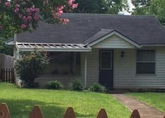 Sheriff Sale in Knoxville 37917 CARSON AVE - Property ID: 70214026499