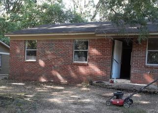 Sheriff Sale in Memphis 38128 ROYAL WOOD DR - Property ID: 70215293112