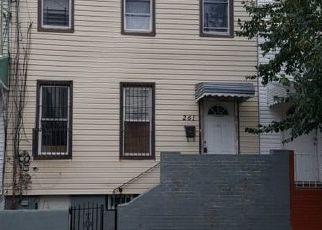 Sheriff Sale in Brooklyn 11208 LINWOOD ST - Property ID: 70215332987