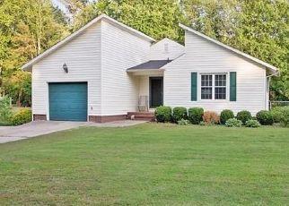 Sheriff Sale in Fayetteville 28311 BIENVILLE DR - Property ID: 70215404811