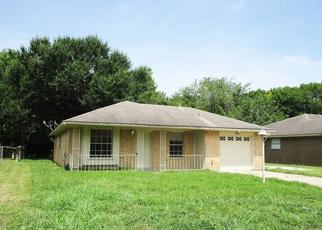 Sheriff Sale in Baytown 77521 KINGS DR - Property ID: 70216455956