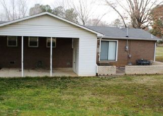 Sheriff Sale in Camden 38320 FAIRFIELD ST - Property ID: 70218550780