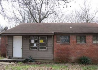 Sheriff Sale in Memphis 38109 HODGE RD - Property ID: 70219144217