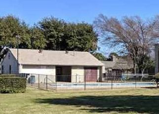 Sheriff Sale in Fort Worth 76112 BOCA RATON BLVD - Property ID: 70220001788