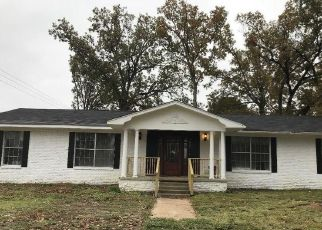Sheriff Sale in Tyler 75703 EASY ST - Property ID: 70221066493