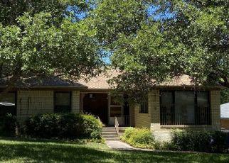 Sheriff Sale in Dallas 75227 REXLAWN DR - Property ID: 70221818497