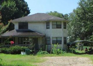 Sheriff Sale in Texarkana 75501 PANSY ST - Property ID: 70222452238