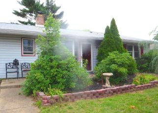 Sheriff Sale in Levittown 19055 GRACEFUL LN - Property ID: 70222894149