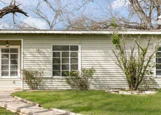 Sheriff Sale in San Antonio 78221 E HUTCHINS PL - Property ID: 70224047790