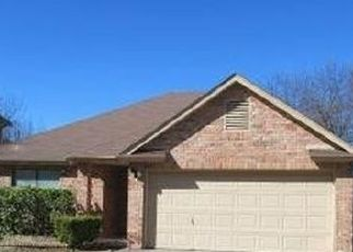 Sheriff Sale in San Antonio 78250 SHADOW RUN - Property ID: 70224055671