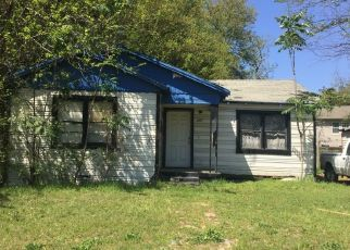 Sheriff Sale in Dallas 75215 DYSON ST - Property ID: 70224801539